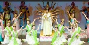 """В Китае могут запретить гастроли художественных коллективов """"за свой счет"""""""