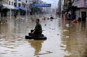 150 тысяч китайцев пострадало от ливневых дождей в Чунцине