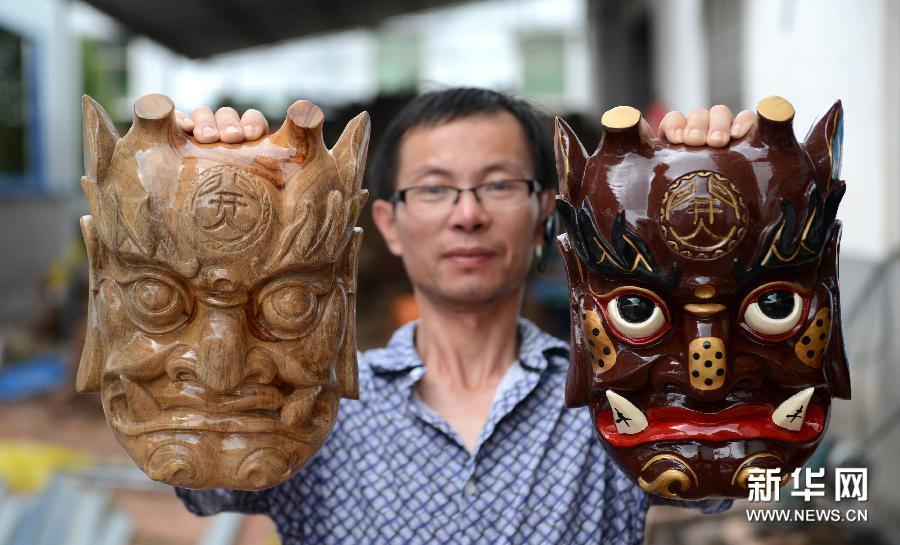 Маски Но приносят уезду Наньфэн 50 миллионов юаней дохода в год