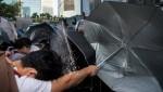 В Гонконге полиция применила силу для разгона протестующих
