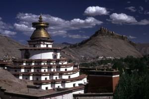 Власти Тибета занялись охраной архитектурного наследия региона